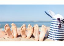 Këpucët dhe shëndeti i këmbëve gjatë stinës së verës.